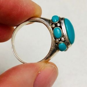 Jewelry - Turquoise and silver ring.